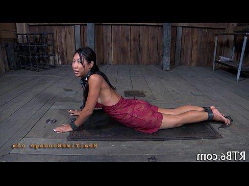 смотреть порно онлайн кастинг ебут в жопу