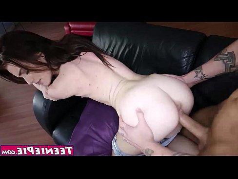 прекрасный секс молодых девушек