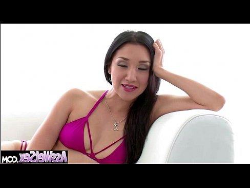 порно крупные трансы кончают