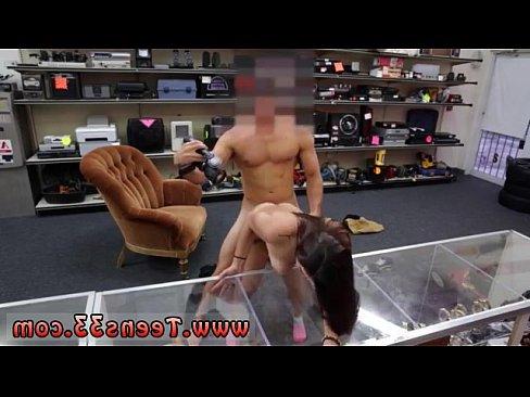 ебут зрелых баб русское порно видео